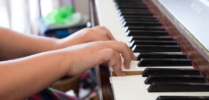 Piano lessons Wallsend NSW